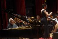 Luis Ascot en piano junto a Andrea Fusco